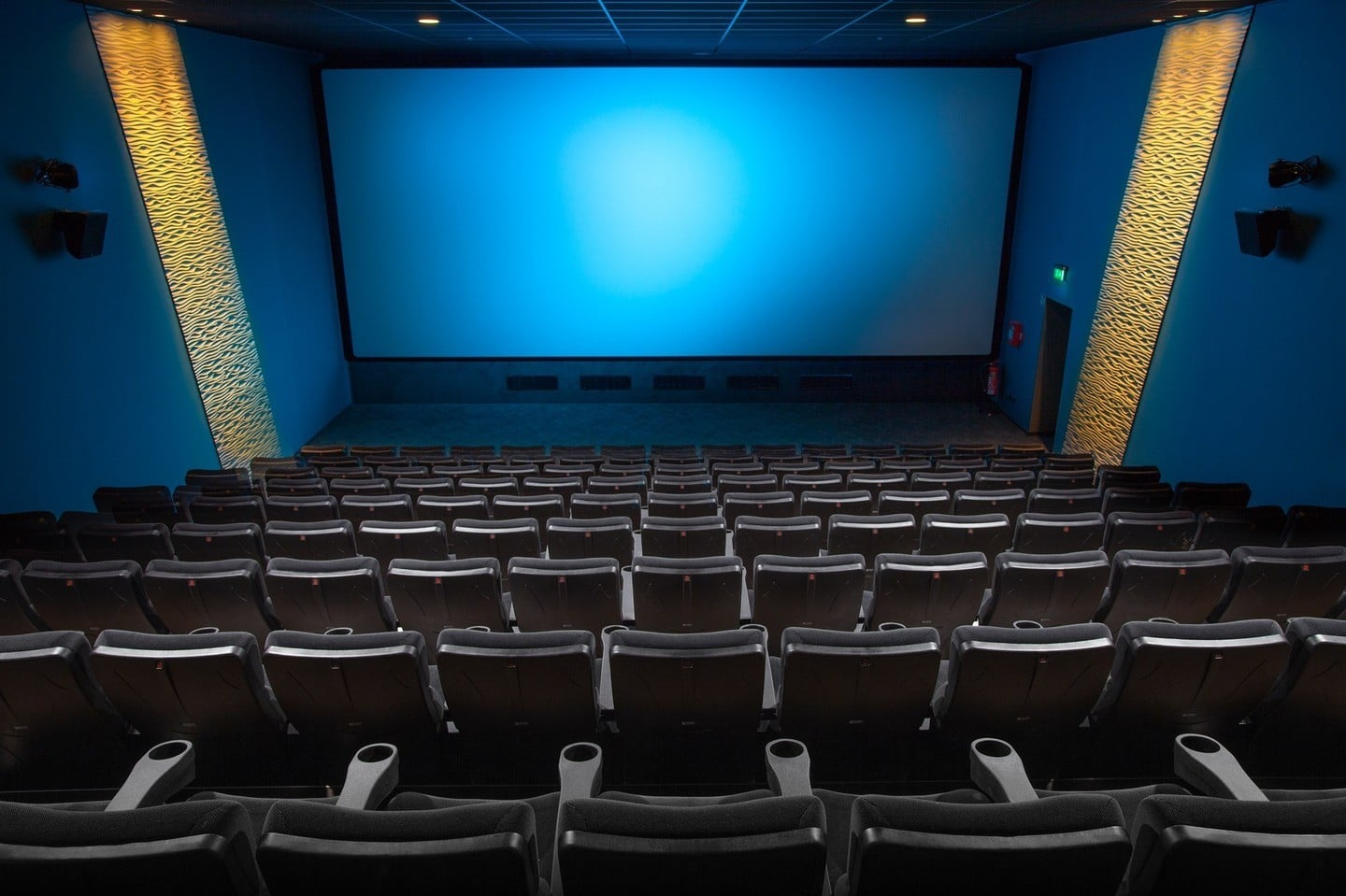 apps to watch movies in theaters