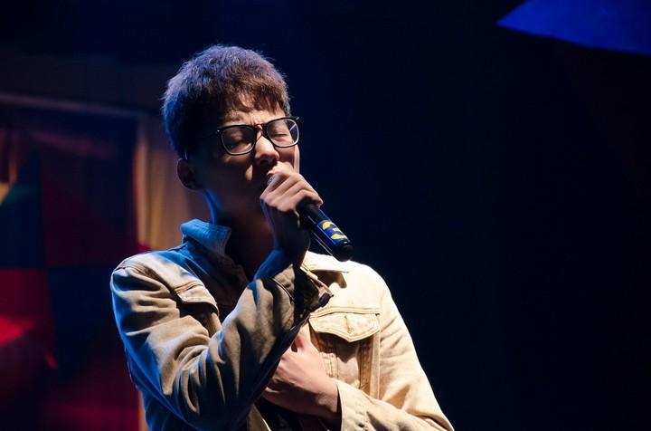 Singer karaoke