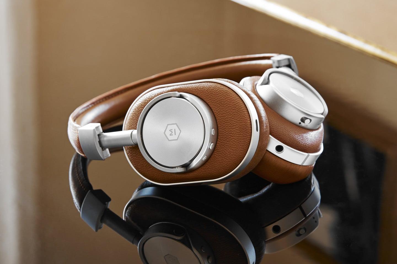 168b080cab2 The Master & Dynamic MW60 Wireless Headphones Impress