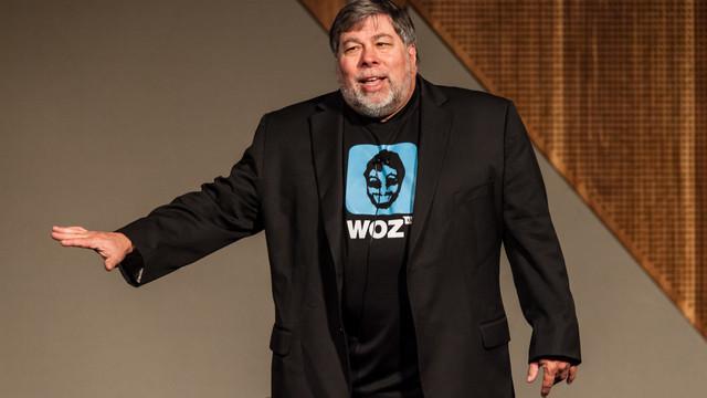 Steve Wozniak calls the San Bernadino iPhone battle 'lame'