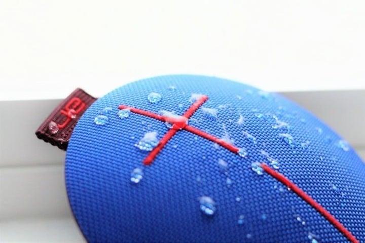 Ultimate Ears ROLL 2 Bluetooth Wireless Portable Speaker Waterproof IPX7 BLACK