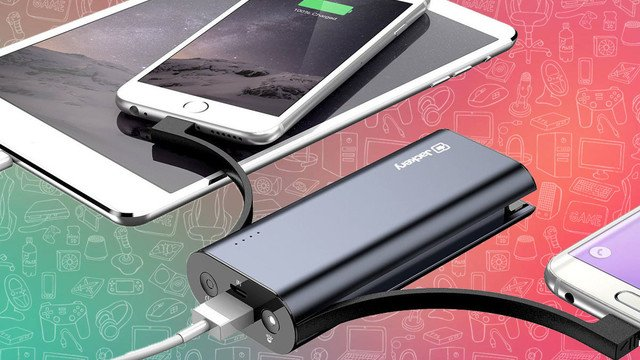 The Best Portable Battery Charger for an iPhone