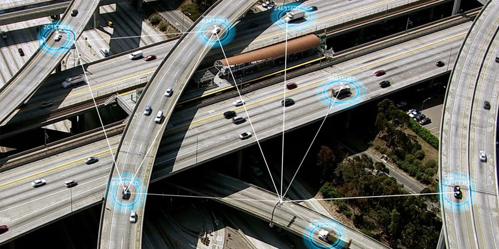 5G mobile data plans helping cars communicate with each other