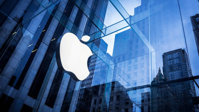 Numbers to Consider Ahead of Today's Apple Earnings Call