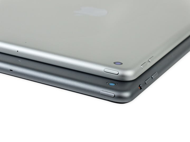 The new iPad (top) and the original iPad Air