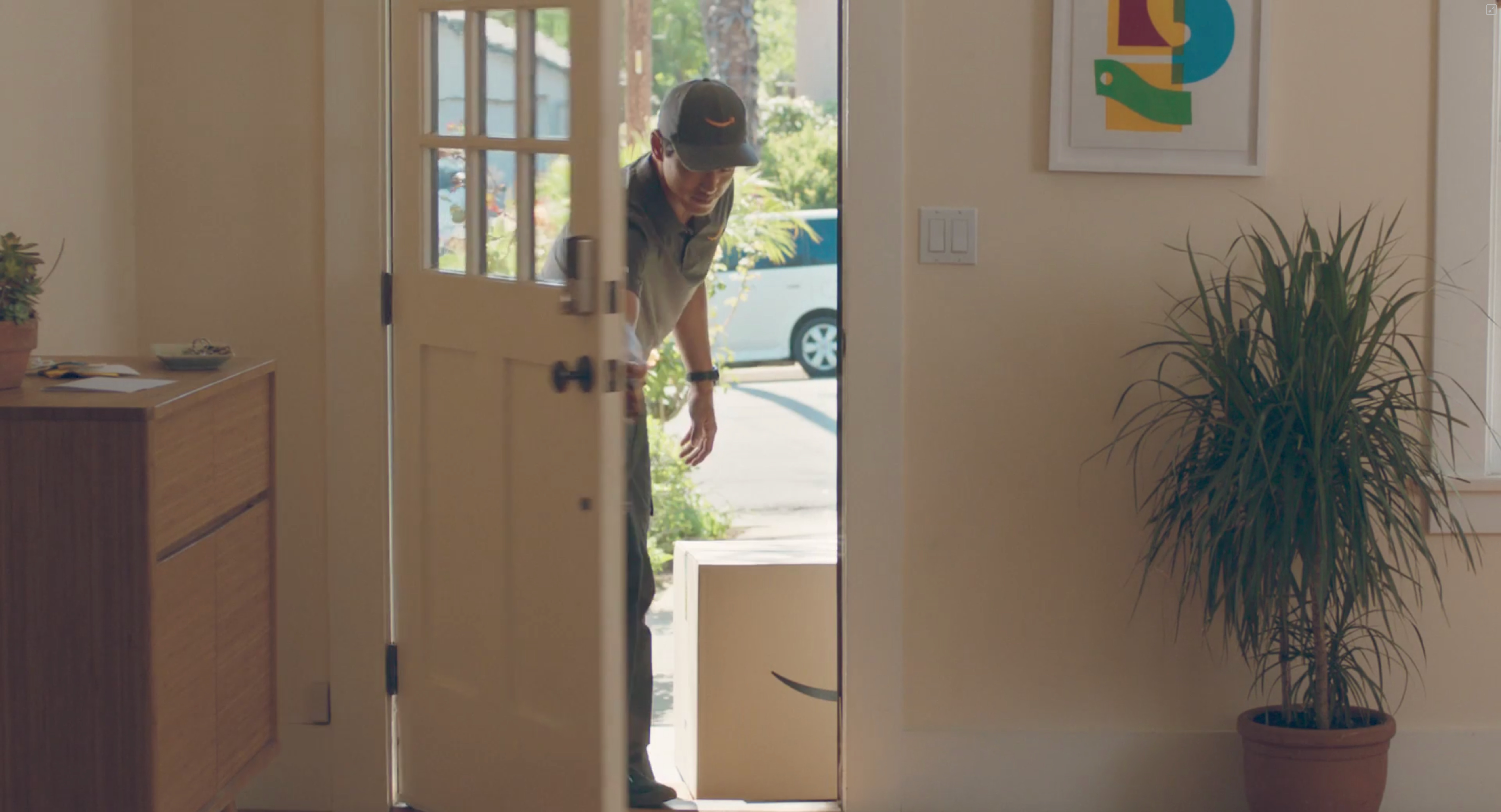Amazon Key Lets Couriers Deliver Your Prime Packages Inside Your Door
