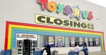 Buy Heavily Discounted Apple Products at Toys 'R' Us Stores