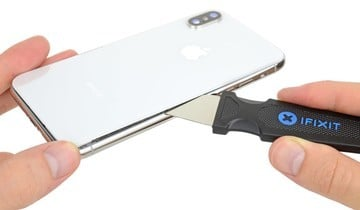 Is Apple Going After Third-Party iPhone Screen Installers?